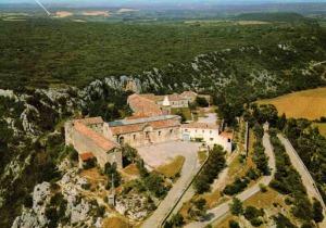 Sanctuaire ND de Grace de Rochefort du Gard