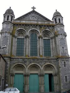 St Pierre de Laval