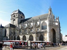 Basilique_Notre-Dame_-_Alençon_1