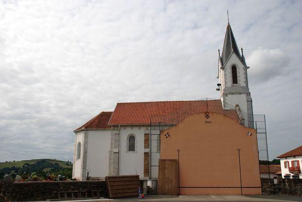 1024px-Amorots-Succos_église_fronton