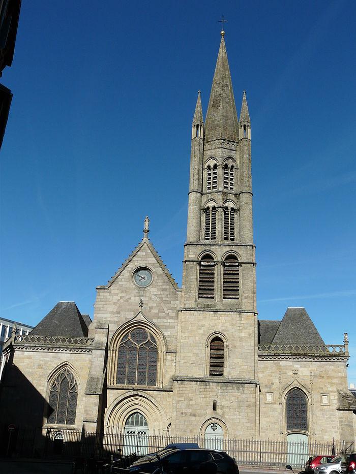 Église_Saint-Pierre-du-Queyroix