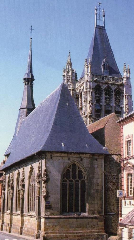 eglise_-vue_de_la_mairie