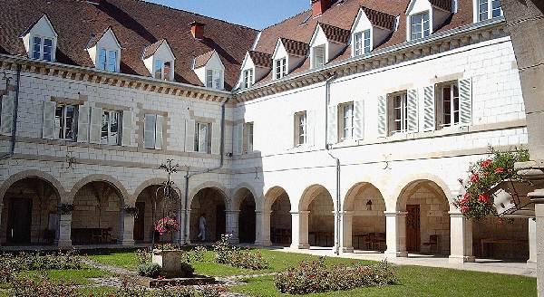hebergement_Maison-Saint-Joseph_Chalons-en-Champagne_Marne_seniors_vacances_culture_tourisme_spiritualite_1